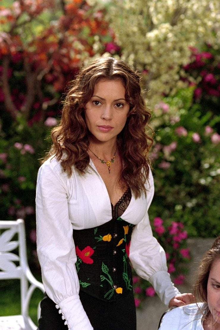 Charmed                                  (1998-2006)