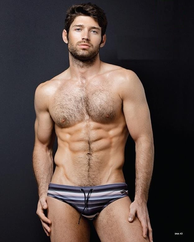 Model male bo roberts