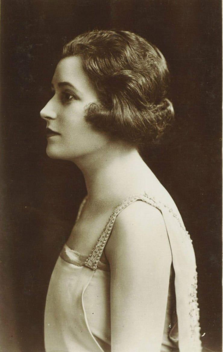 Hilda Bayley