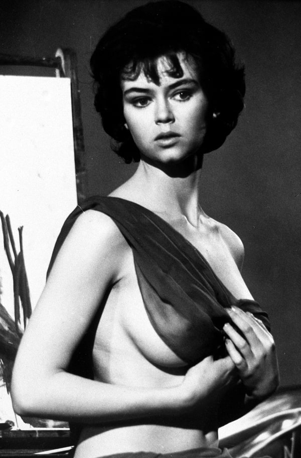 Gabrielle Drake photo, picture, pictures, photos, image, images, pics, snaps, hot pics, photo gallery