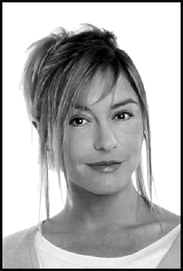 Jeanne Savary Nude Photos 98