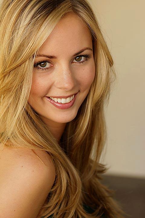 Ashley Bates Nude Photos 36