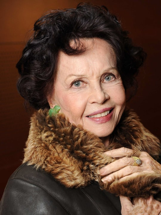 Picture Of Leslie Caron