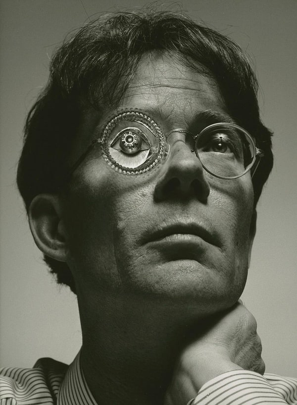 a biography of william gibson Gerald alva miller jr's understanding william gibson is a thoughtful examination  of the life and work of william gibson, author of eleven novels and twenty short.
