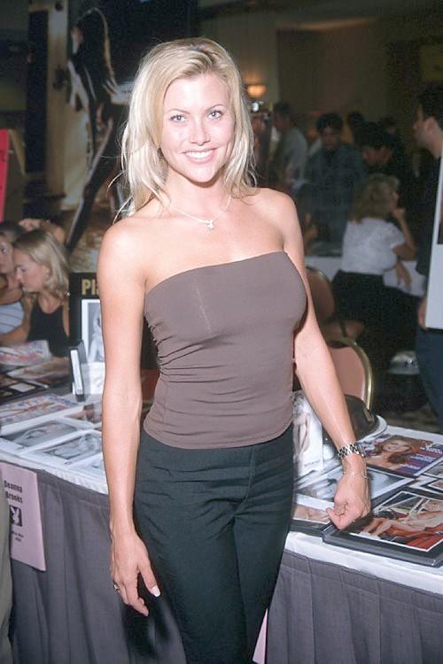 Lisa Dergan nude 62