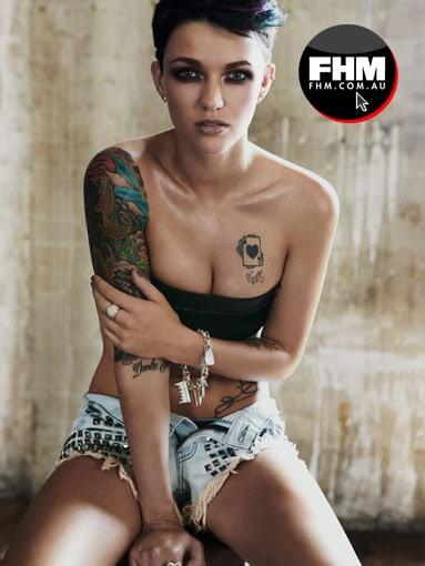 jus Asian bbw pussy spread very sensual