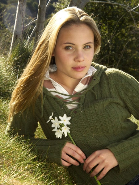 leah pipes - photo #32
