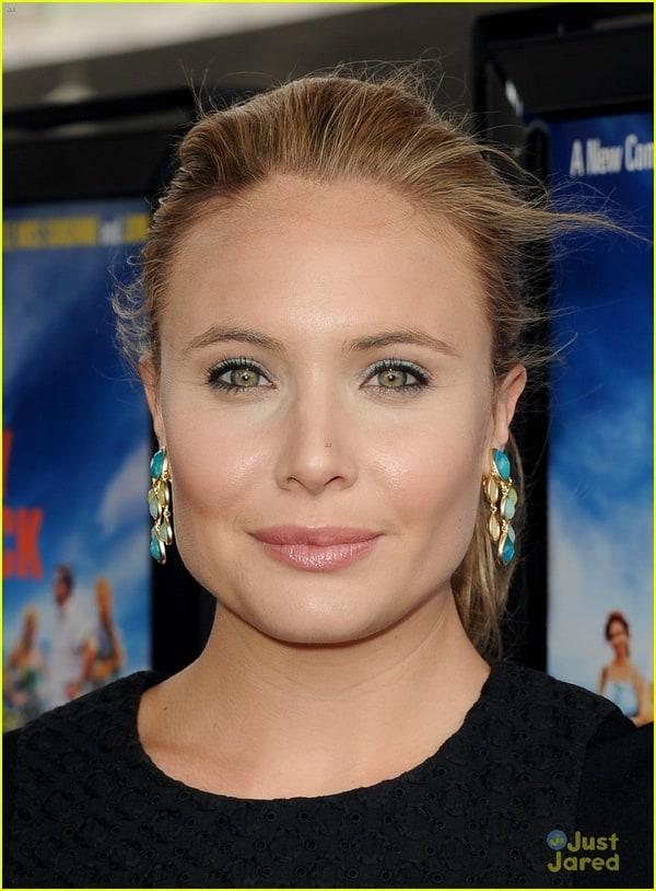 leah pipes - photo #10