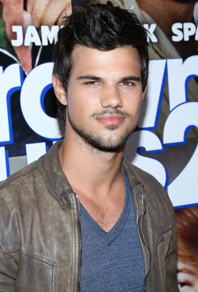 Good old Taylor Lautner porno $$$$$$$ MONEY