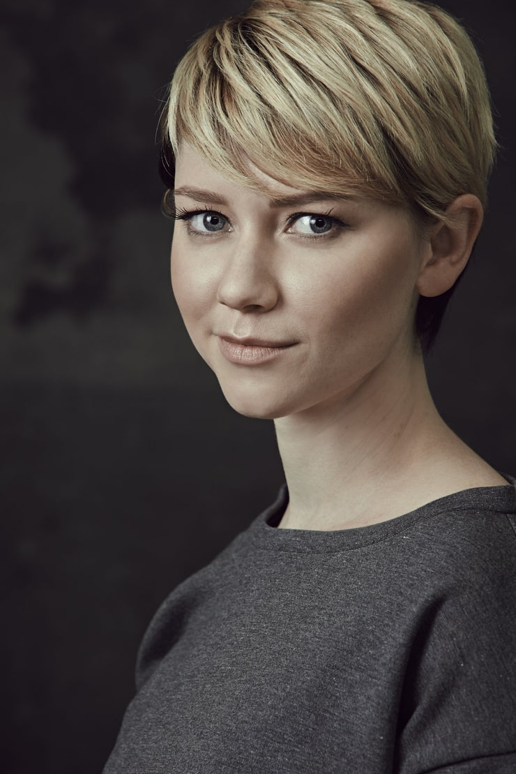 Picture of Valorie Curry