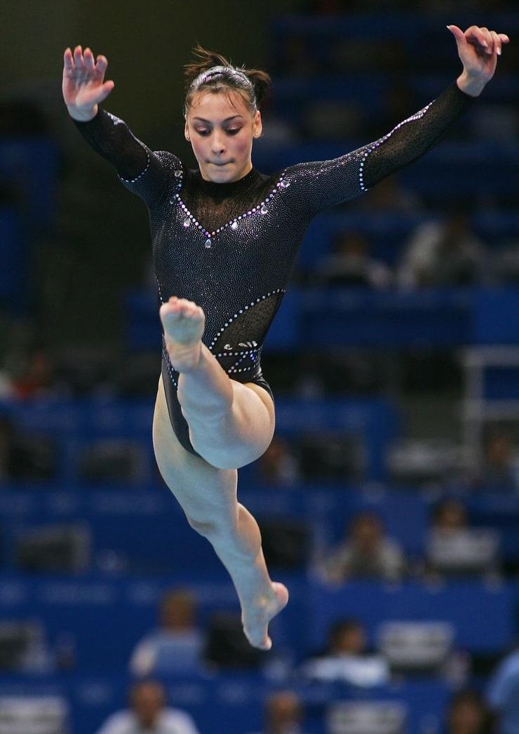 Catalina Ponor, Marian Dragulescu signal gymnastics