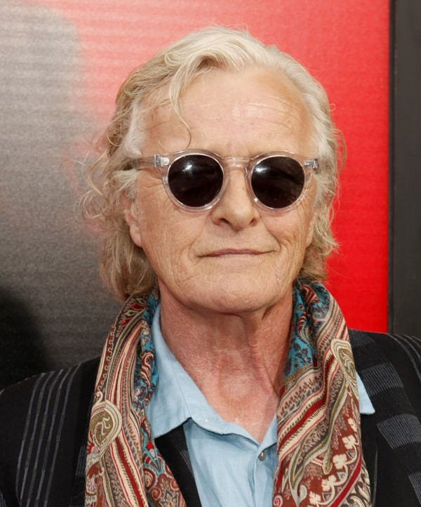 how tall is rutger hauer