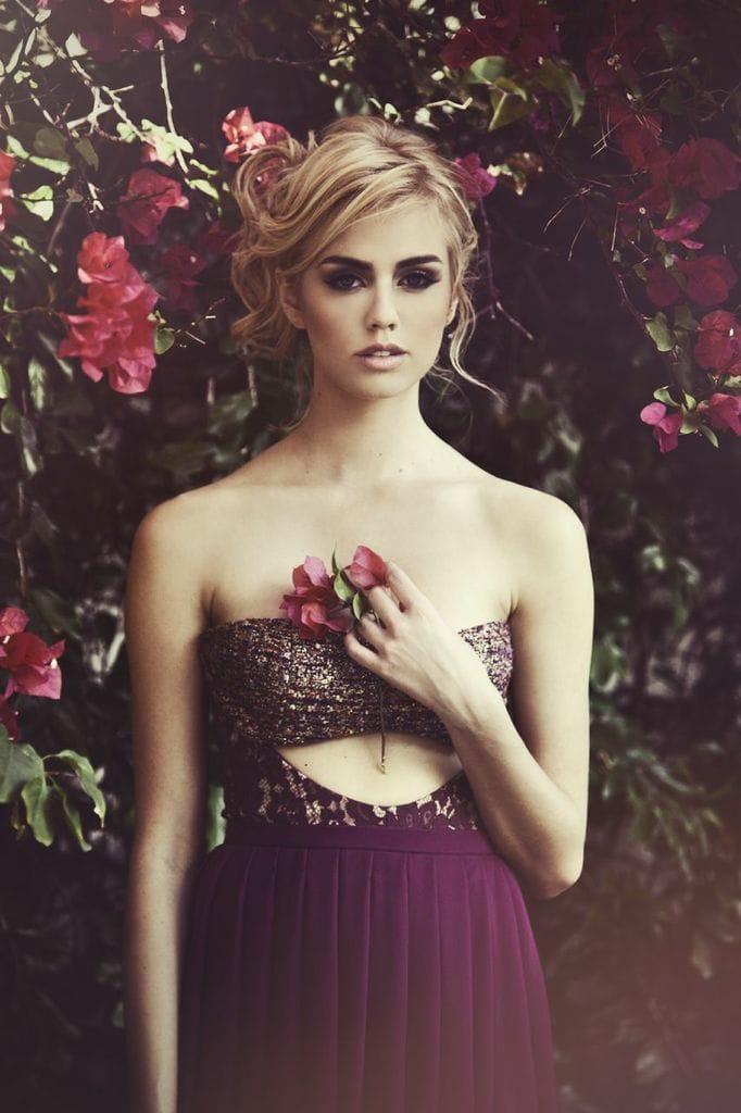 Bella Thorne photos