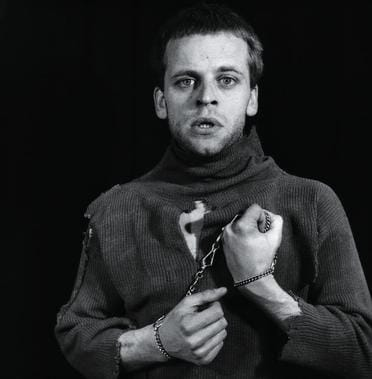 klaus kinski psychological profile Klaus kinski (1926 - 1991) making his film début, in 1948, in morituri, the  german actor was admitted to a psychiatric hospital and diagnosed with  schizophrenia.