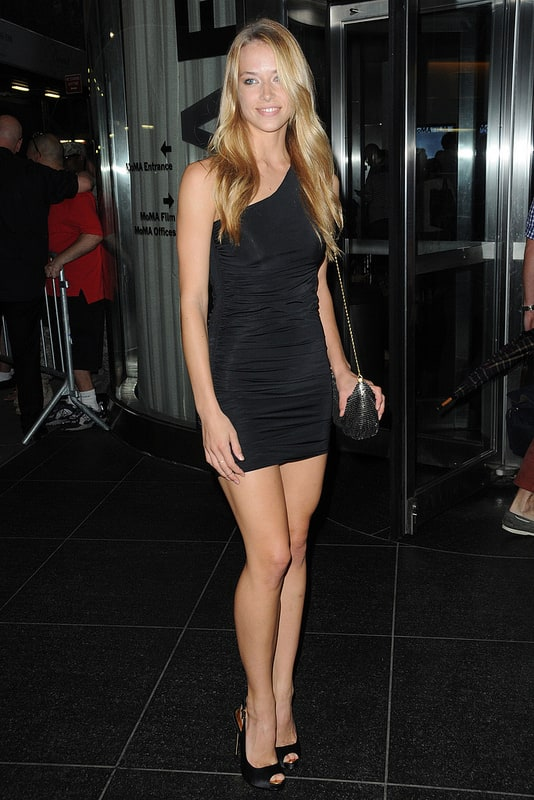 Mini dresses, Beautiful women and Mini skirts on Pinterest