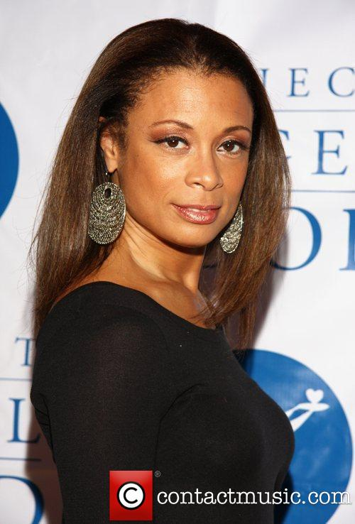 Picture Of Valarie Pettiford