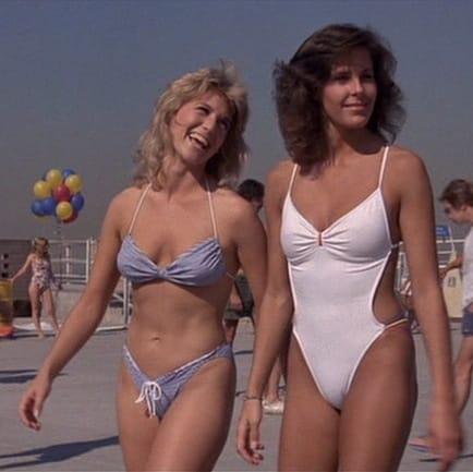 Monica bellucci nude boobs and juicy nipples in vita coi 8
