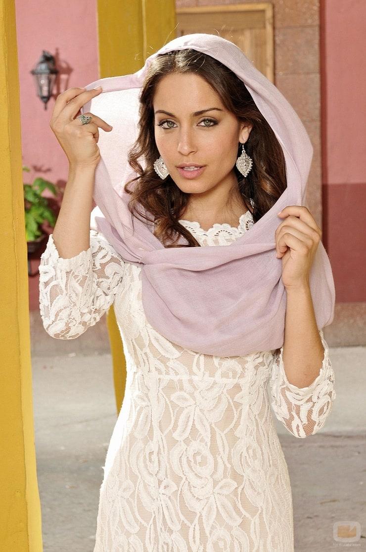 Hiba Abouk Nude Photos 85
