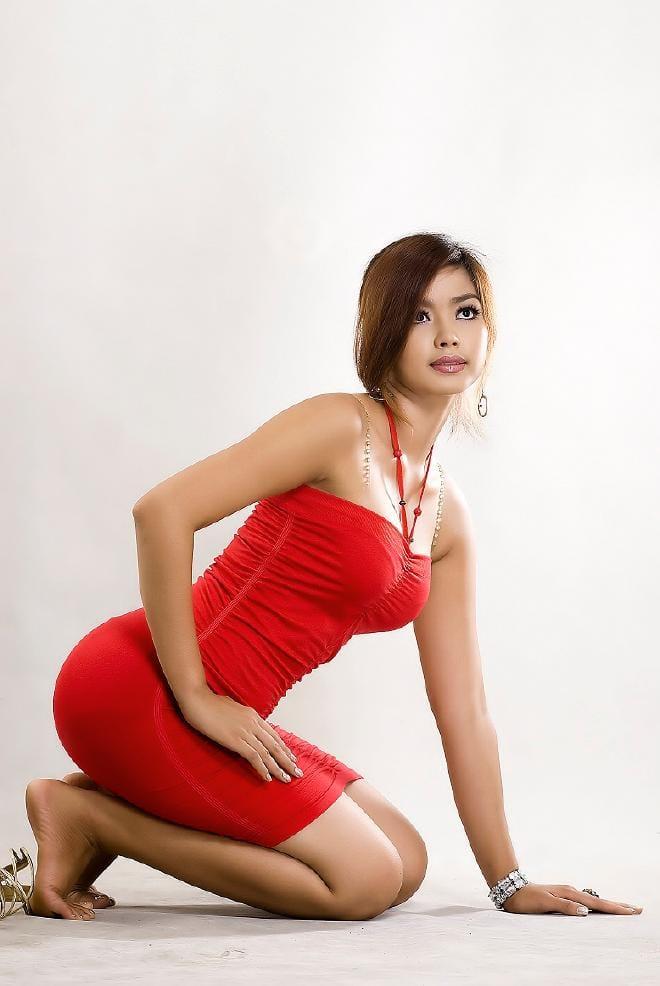 http://iv1.lisimg.com/image/6657468/660full-nwe-nwe-htun.jpg
