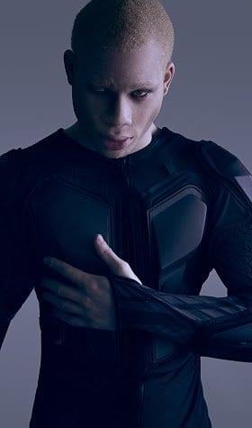 sir maejor black albino