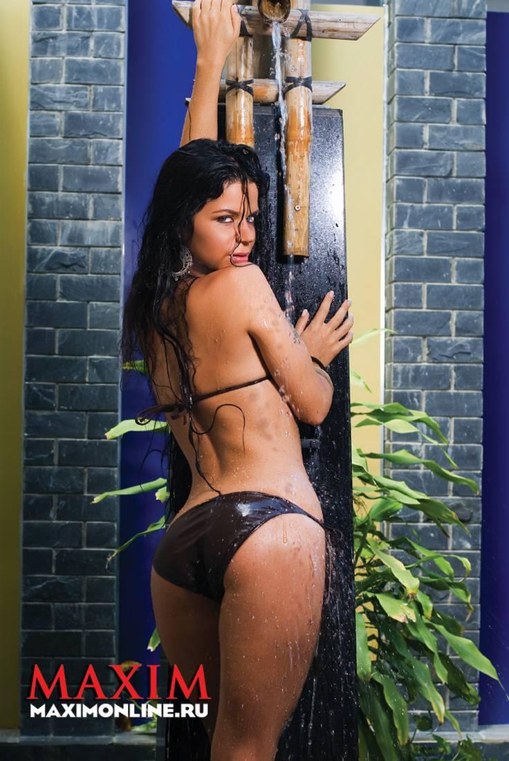 Яна гурьянова в журнале maxim 28 фотография