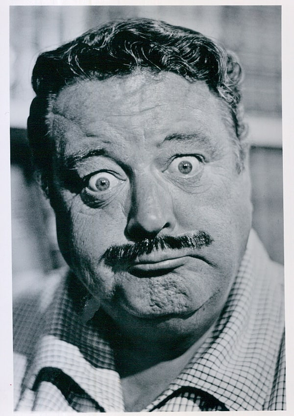 Jackie Gleason has been added to these lists:: listal.com/viewimage/6788231