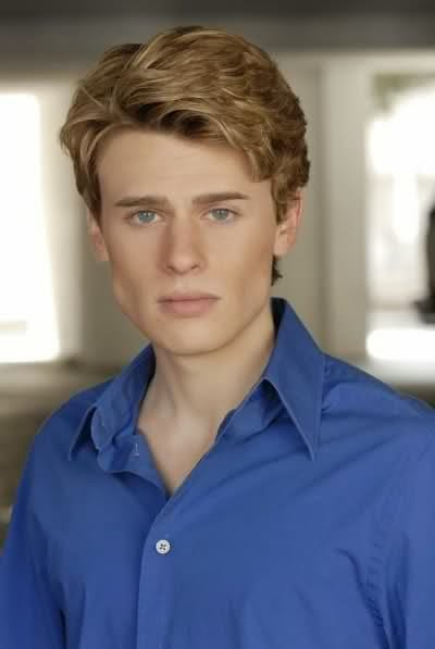 picture of blake mciver ewing