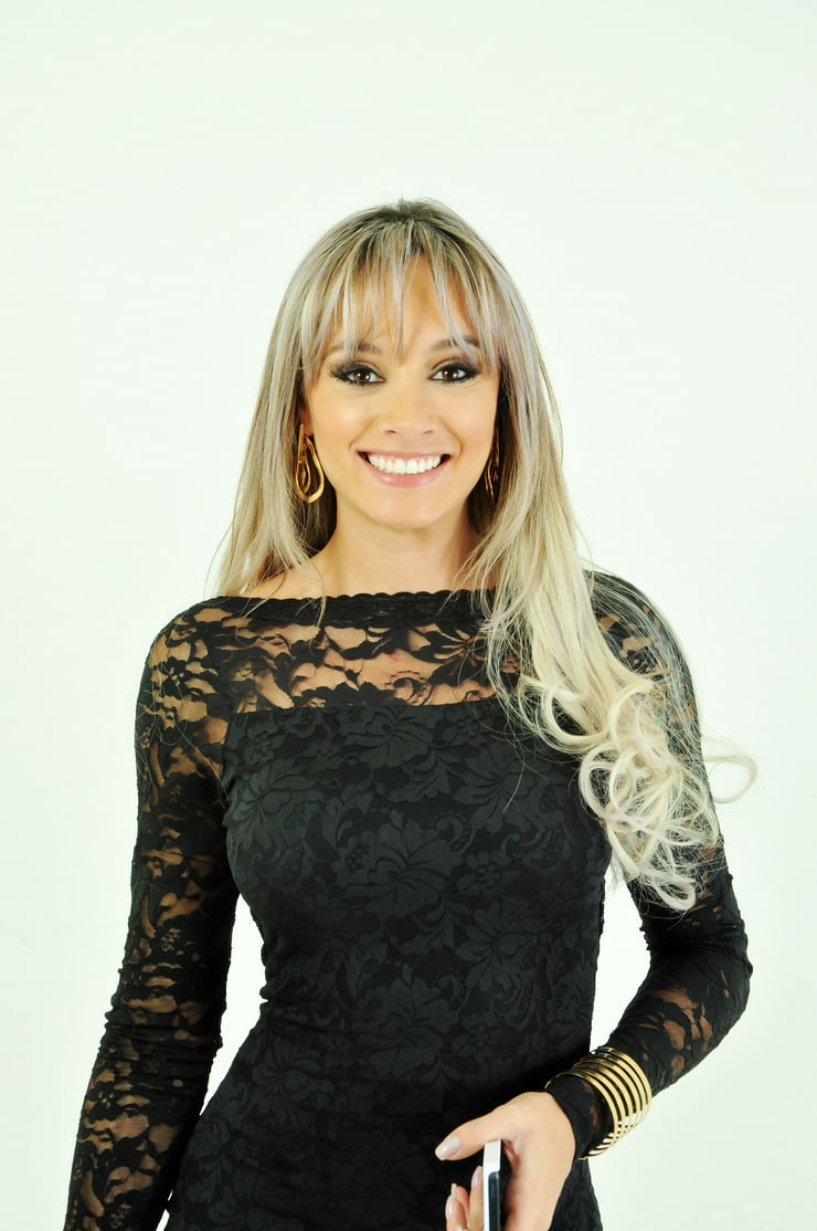 Juliana Semenova Age - seotoolnet.com