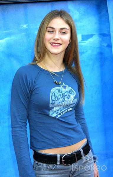 Caitlin Wachs Nude Photos 67