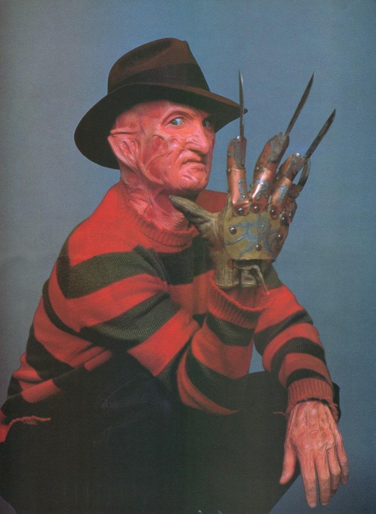 Freddy Krueger (Robert Englund)