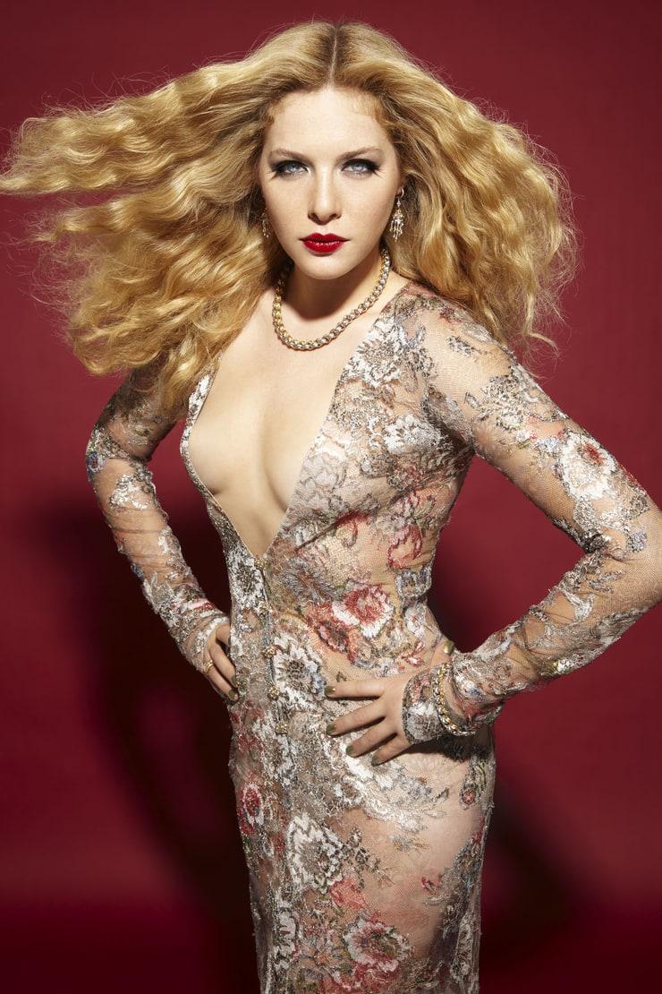 Emma roberts nude fakes