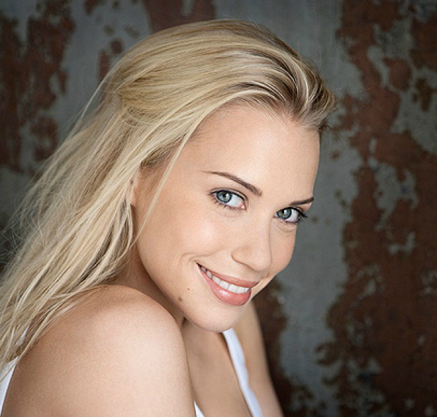 Picture of Lara-Isabelle Rentinck