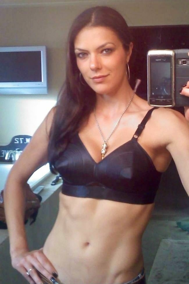 Adrianne Curry Nude 56