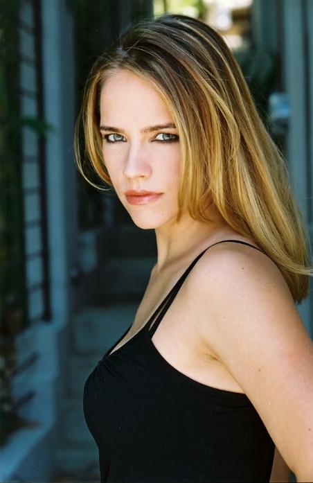 Jessica Barth