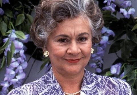 picture of joan plowright