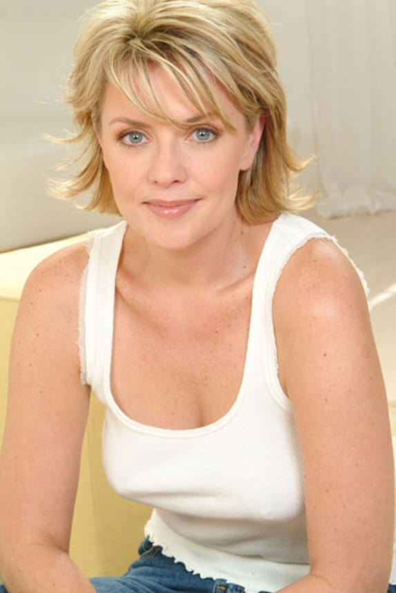 Picture of Amanda Tapping
