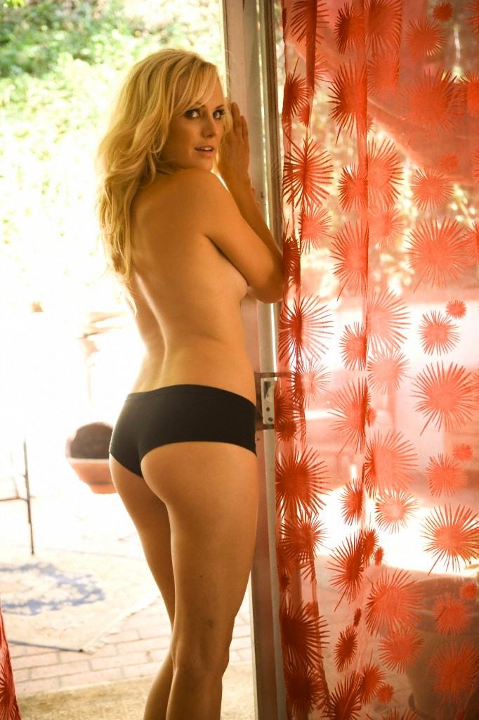 Malin Akerman Nude Picture 7