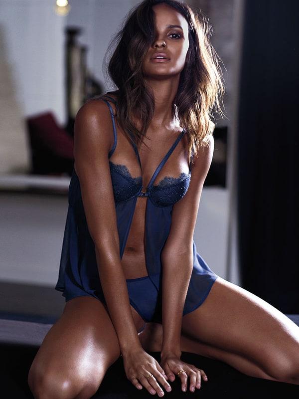 Gracie Carvalho Nude Photos 79