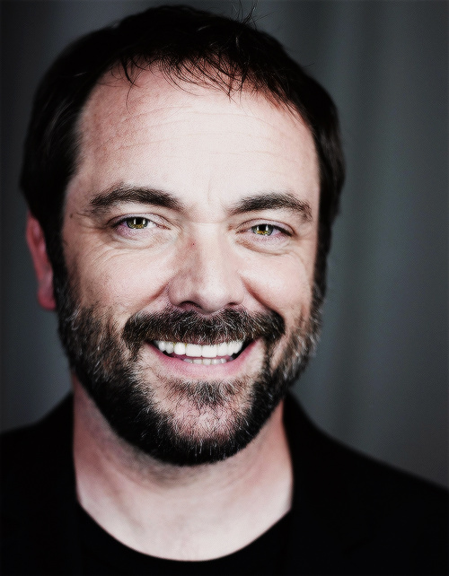 how tall is mark sheppard