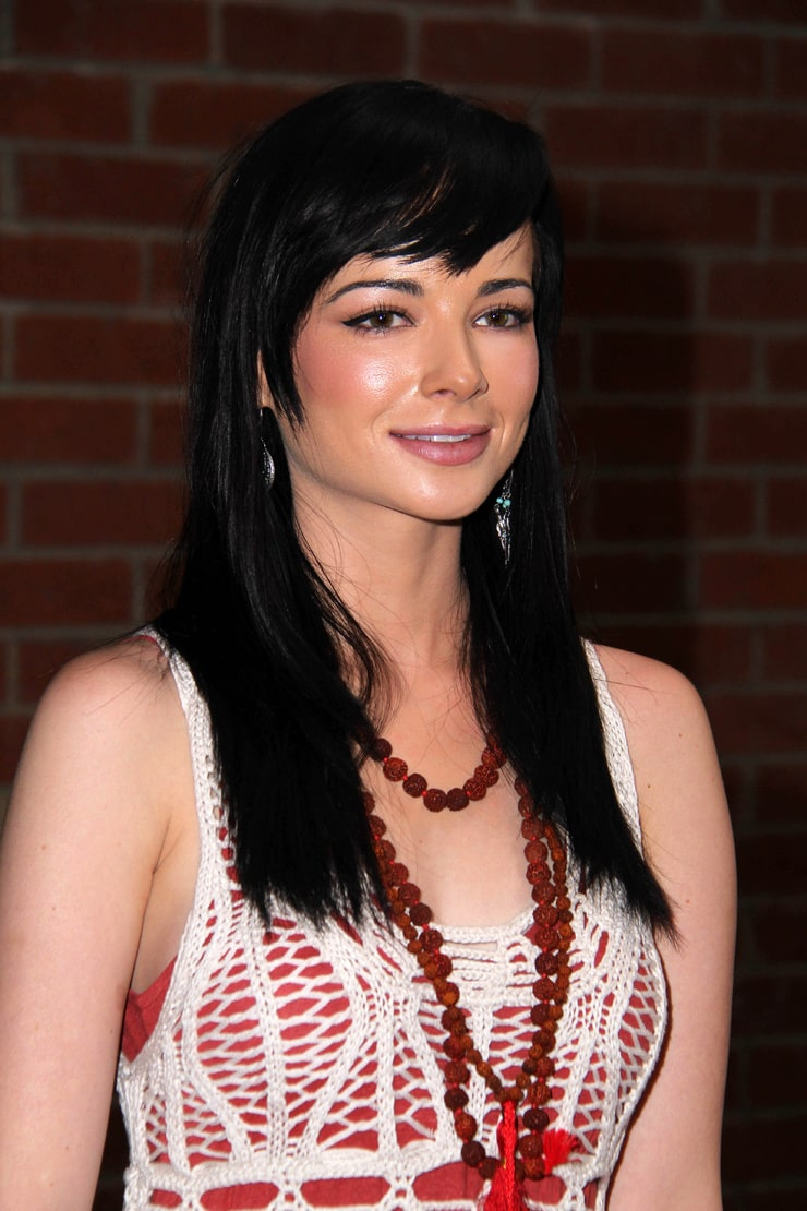 Picture of Ashley Rickards