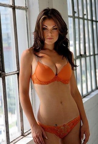 Bikini Erotica Serinda Swan  nudes (48 fotos), Instagram, braless