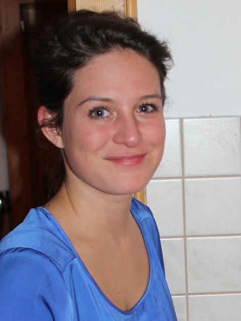 Gloria Nefzger