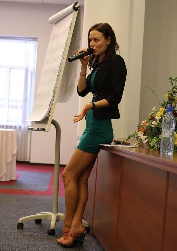 учительница в колготках фото
