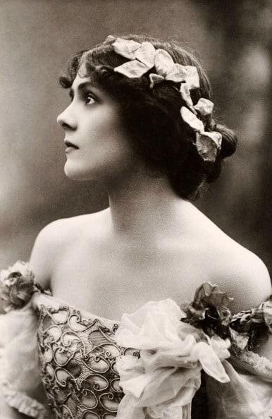 Lily Brayton