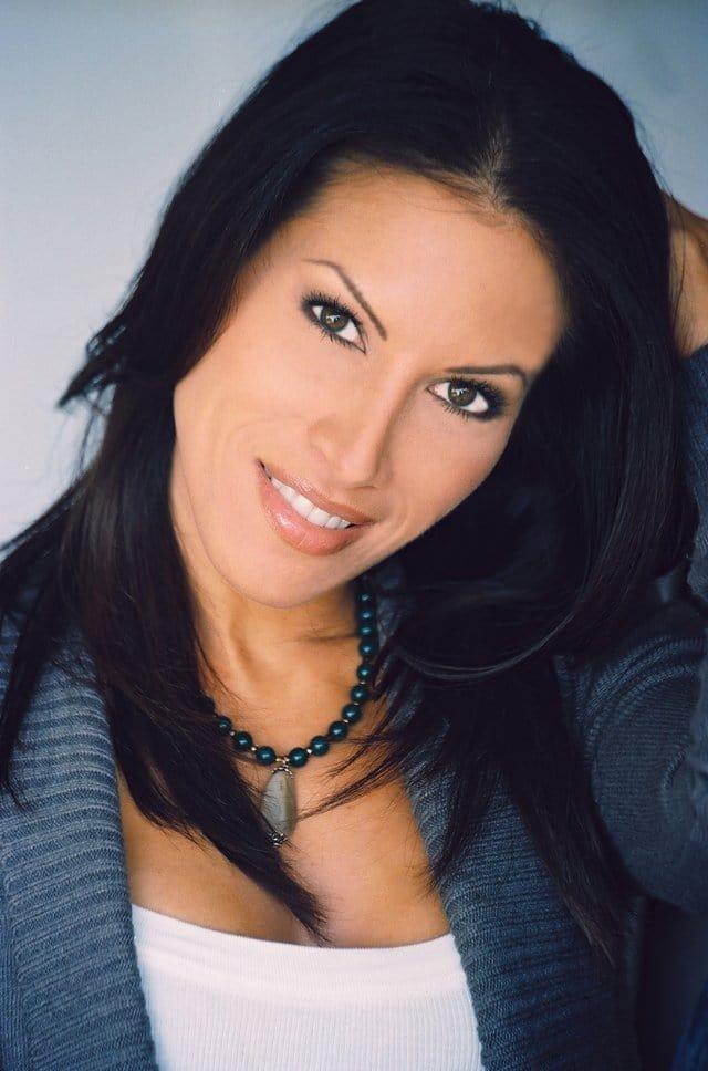 Elena Olanson