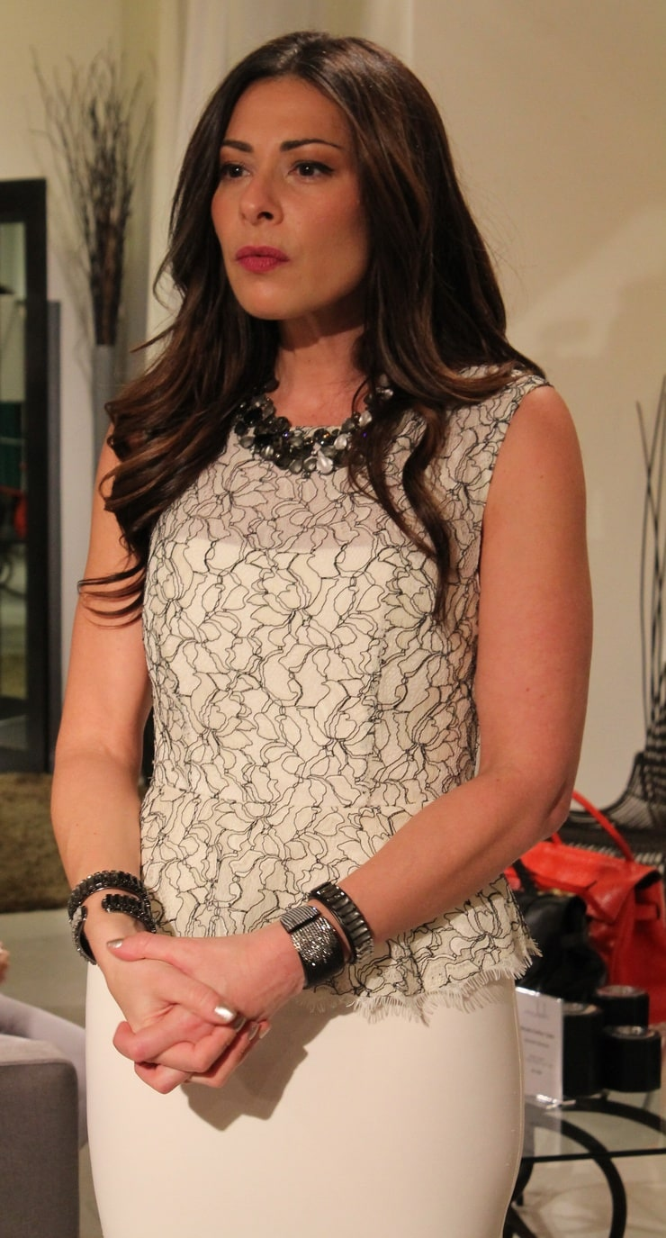 Fashionably late with stacy london 59
