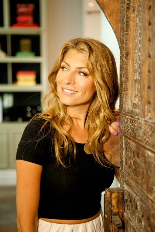 Picture Of Genevieve Gorder