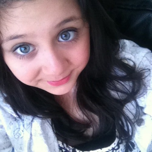 Zayn Maliks Sister Safaa Has Cancer Pin Waliyha Malik Face...