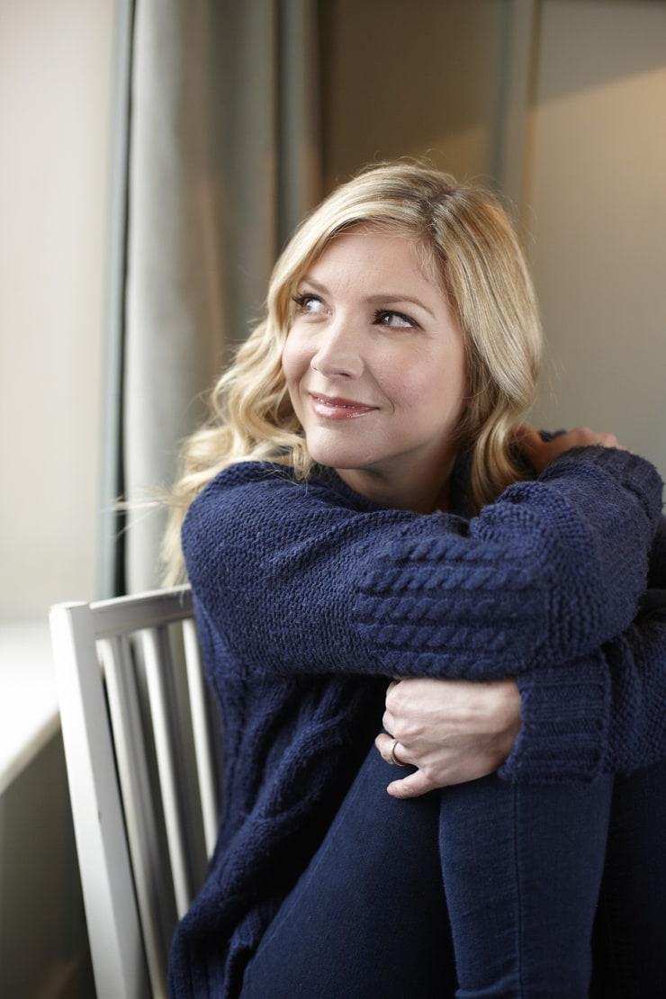 lisa faulkner - photo #17