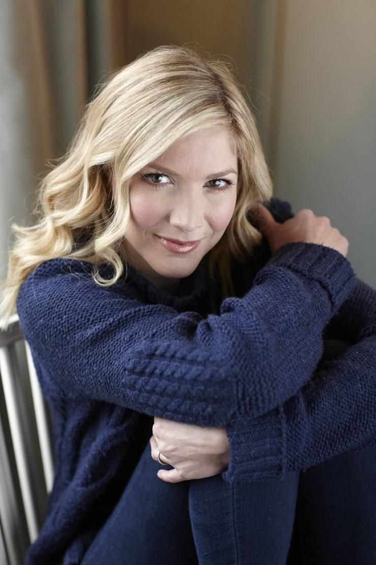 lisa faulkner - photo #35